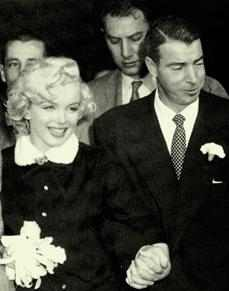 Joe Di Maggio Marries Marilyn Monroe at San Francisco City Hall - 1954